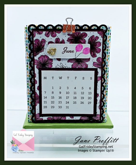 As we wrap up all the products available in the Days to Remember craft box I wanted to show you the back of the caddy with the calendar displayed.