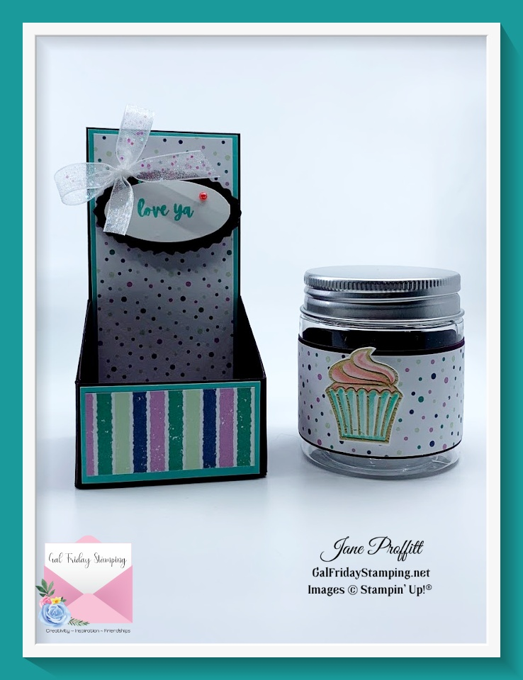 Another Thursday Night Live and a mini jar treat holder.